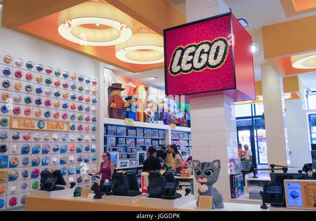 Legos Stock Photos & Legos Stock Images - Alamy