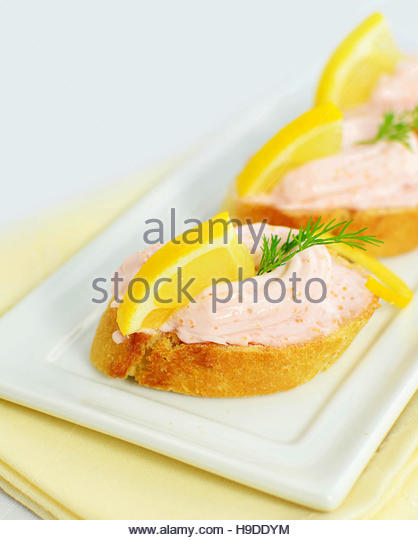 Carp roe stock photos carp roe stock images alamy for Canape spreaders