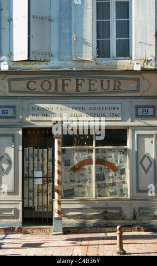 coiffeur france stock photos coiffeur france stock images alamy. Black Bedroom Furniture Sets. Home Design Ideas
