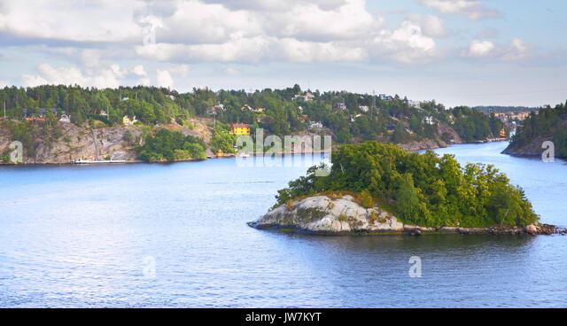 the archipelago is the reflection of Archipelago international adalah perusahaan terkemuka di indonesia yang menawarkan manajemen hotel, condotel, resort, apartement, dan villa.
