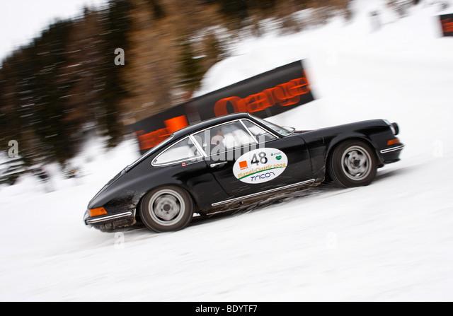 Porsche 911 built in 1972 planai classic 2009 vintage car rally in