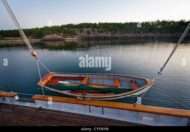 Skiff Sailboat Stock Photos & Skiff Sailboat Stock Images - Alamy