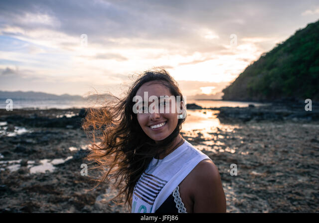 el nido asian girl personals A hammock at the beach with the view of bacuit archipelago islands (el nido the shooting of the reality show dating asian girl snorkelling coral.