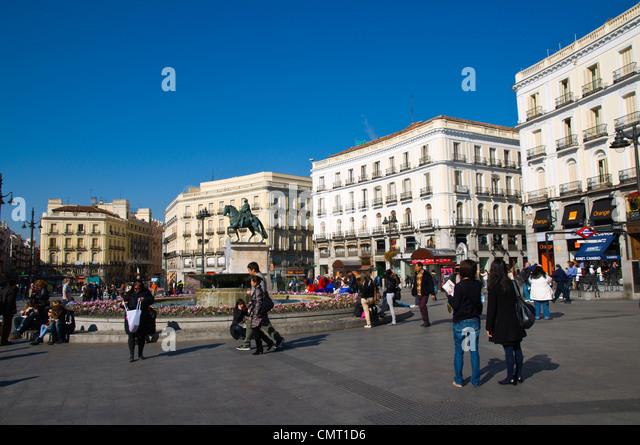 Puerta sol madrid stock photos puerta sol madrid stock for Puerta del sol madrid