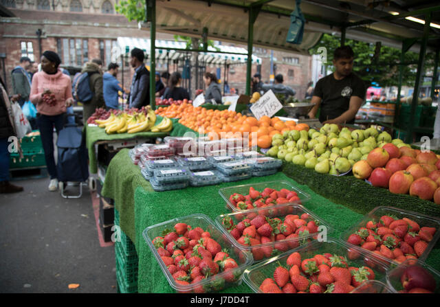 Multi cultural birmingham stock photos multi cultural for Outdoor food market