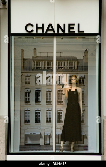 chanel storefront stock photos amp chanel storefront stock