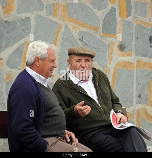 Chat With Old Men