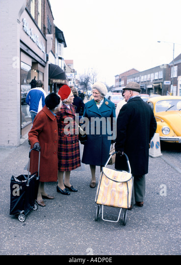 Man Shopping Trolley Uk Stock Photos & Man Shopping ...