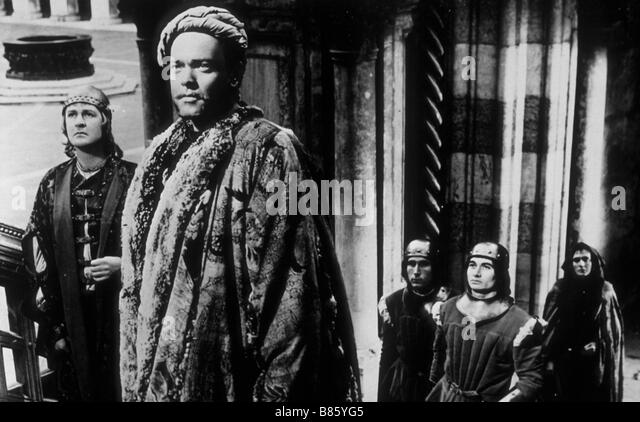 essay of othello the moor of venice Othello the moor of venice from a marxist perspective it is a universal agreed   this critical essay will adopt a marxist approach to examine the problematic.
