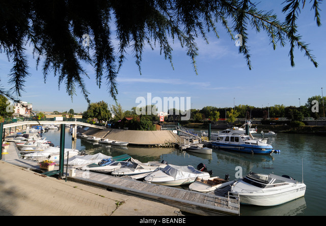 Port of paris stock photos port of paris stock images - Port de nogent sur marne ...