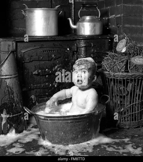 tin bath stock photos tin bath stock images alamy. Black Bedroom Furniture Sets. Home Design Ideas