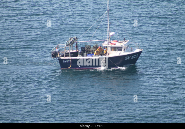 Crab boat stock photos crab boat stock images alamy for Crab fishing boat