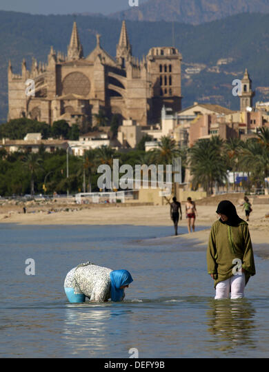 palma de mallorca single muslim girls Where is the best place to find single girls in mallorca places where you should not look for single girls because place to dive in palma de mallorca.
