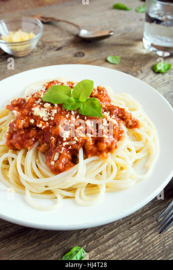 how to prepare mince for bolognaise