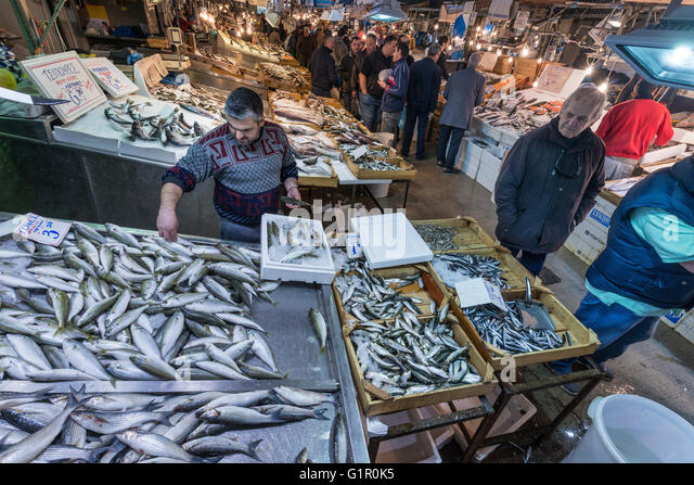 Athens food stock photos athens food stock images alamy for Central fish market