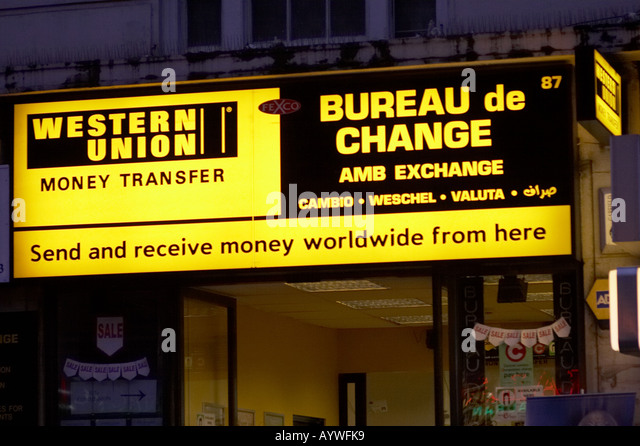 Western union international stock photos western union international stock images alamy - Bureau de change paris 17 ...
