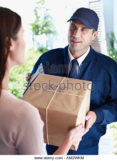 Delivery Person Stock Photos & Delivery Person Stock Images - Alamy