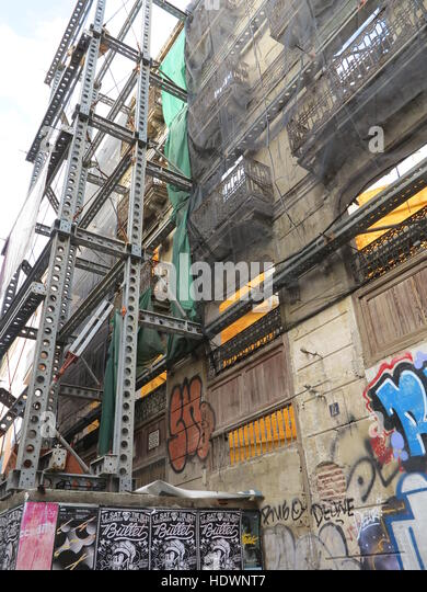 Shoring up stock photos shoring up stock images alamy - Steel framing espana ...