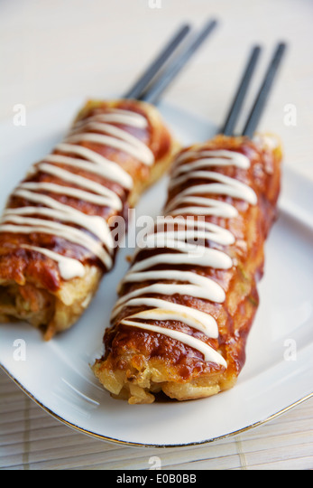 Thailand Street Food Crepe Stick To Pan