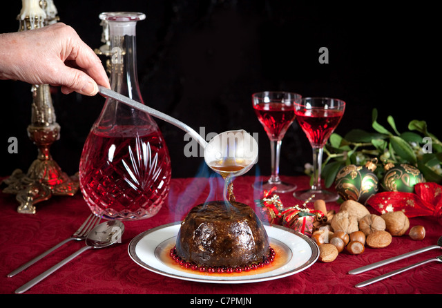 how to set christmas pudding on fire