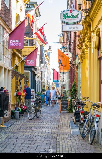 shopping street alkmaar holland stock photos & shopping street, Attraktive mobel