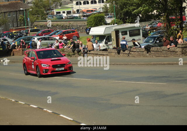 cars at inspection stock photos cars at inspection stock images alamy. Black Bedroom Furniture Sets. Home Design Ideas