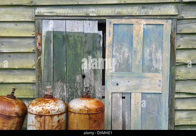 Rusty Metal Door rusty metal shed stock photos & rusty metal shed stock images - alamy