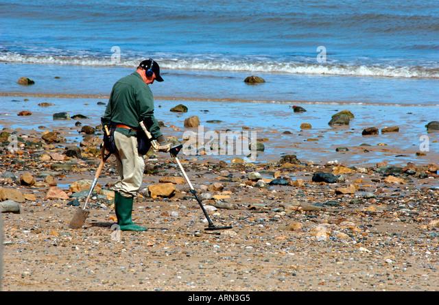 Jew Detector: Metal Detecting Beach Sea Llandudno Wales Man Stock Photos