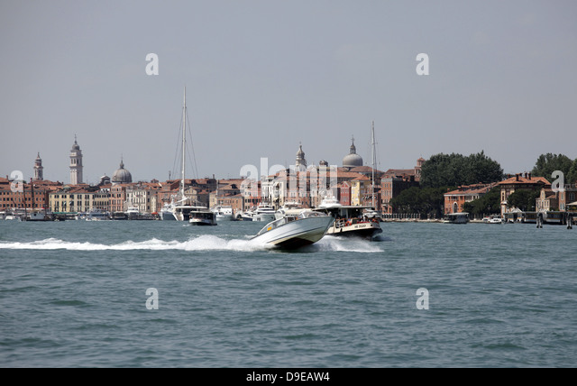 venice italy speed boats - photo#23