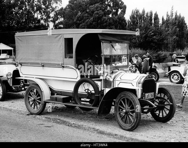 Unic vintage car stock photos unic vintage car stock for Andalusia ford motor company
