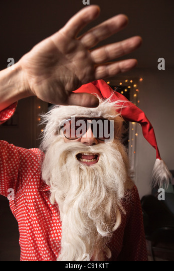 santa claus buddhist single men Thanks for the a2a yes, he's real: as i wrote here in my answer to is santa claus real, i have laid it all out for your convenience, i will restate the points i made in the above link: santa claus&#039 real title is the bishop of myra, which goes ba.