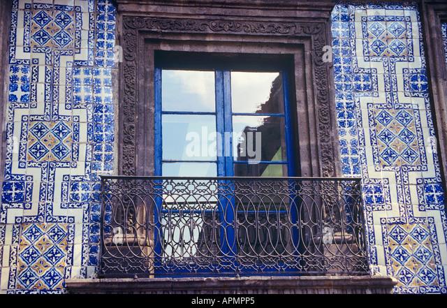 Casa de los azulejos stock photos casa de los azulejos for Casa de azulejos