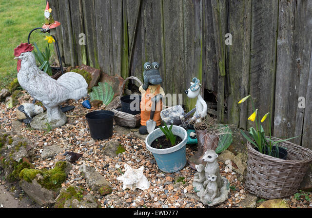 Garden Ornaments Stock Photos Garden Ornaments Stock Images Alamy