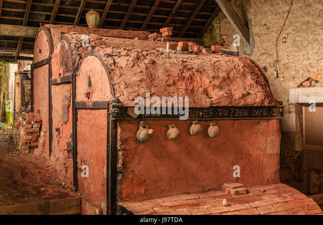 pottery kiln stock photos pottery kiln stock images alamy. Black Bedroom Furniture Sets. Home Design Ideas