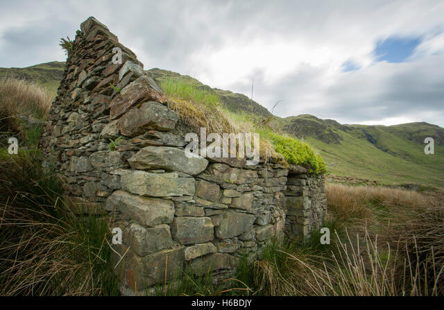 Bluestacks stock photos bluestacks stock images alamy for Cottage in the mountains