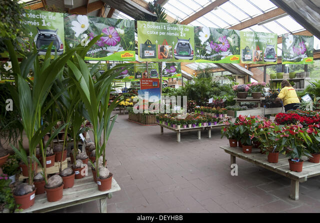 Jardiland stock photos jardiland stock images alamy - Garden center barcelona ...