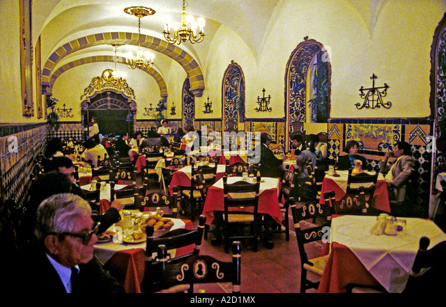 Restaurant Bar Cafe Tacuba Mexico City