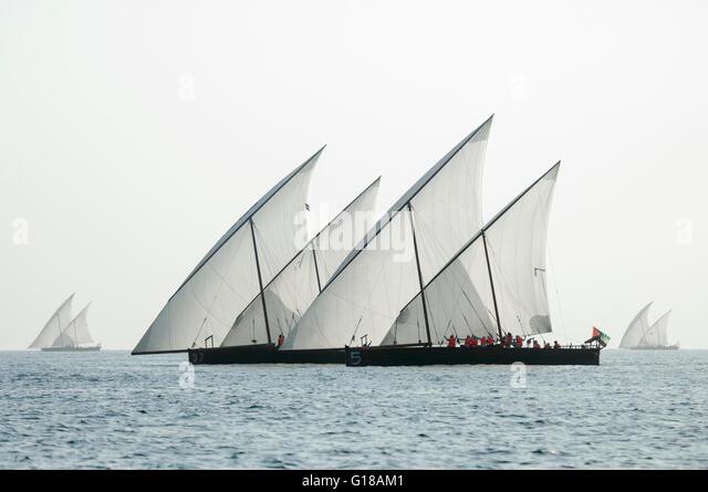 dhow-racing-abu-dhabi-united-arab-emirat