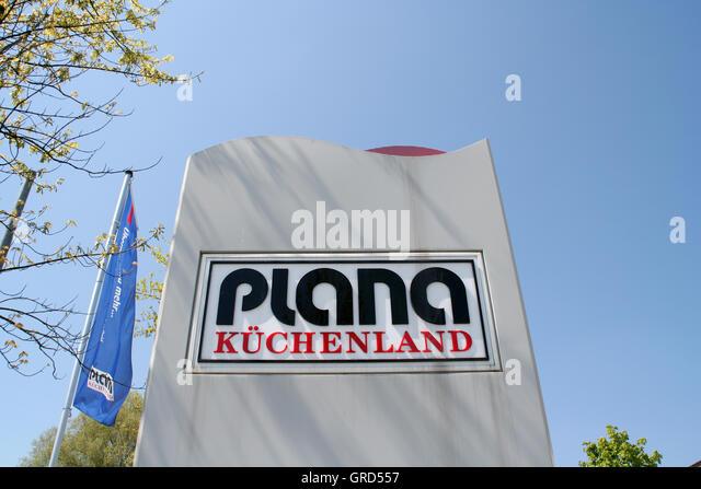 logo plana kchenland stock image - Plana Kuchenland Munchen