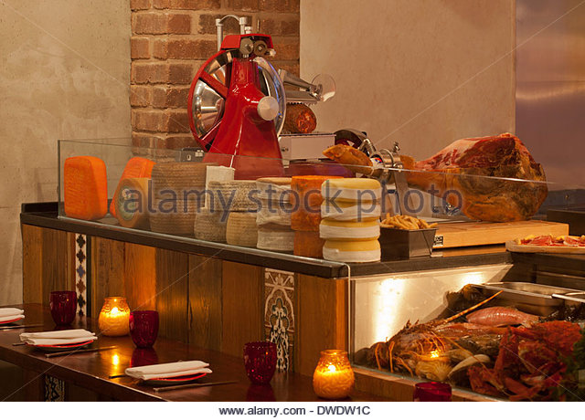 Restaurant Kitchen Doors Stock Photos Restaurant Kitchen Doors Stock Images Alamy