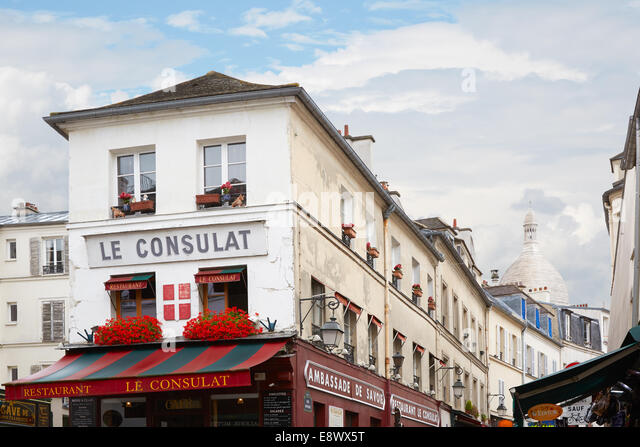 Consulat stock photos consulat stock images alamy for Le miroir restaurant montmartre