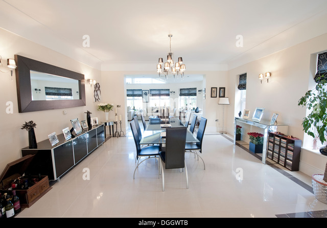 Ultra modern stock photos ultra modern stock images alamy for Ultra modern dining room