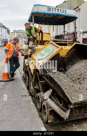 bitelli bb632 asphalt paving machine working in schull main street schull west cork