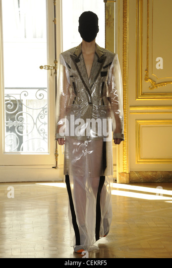 Maison martin margiela stock photos maison martin for Maison martin margiela paris