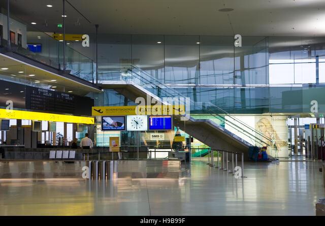 Savoy Airport Car Rental