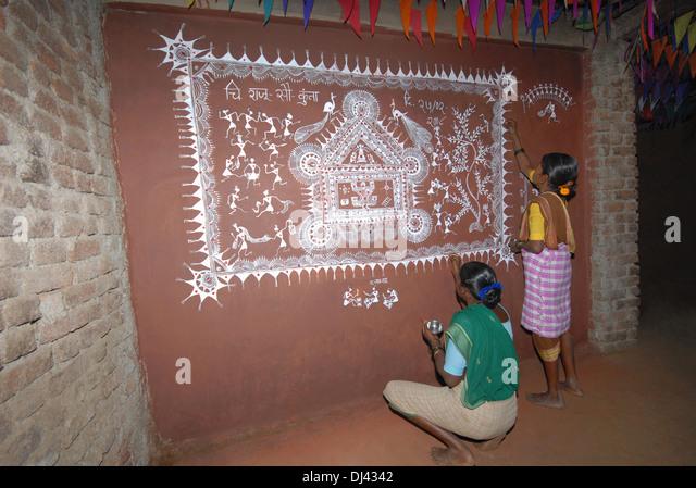 Warli Painting Stock Photos & Warli Painting Stock Images ...