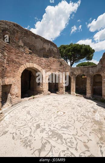 Frigidarium stock photos frigidarium stock images alamy for Mr arredamenti ostia antica