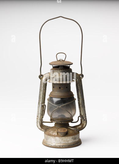 Old/oil/lamp/oil Lamp/rusty.cut.out.hurricane
