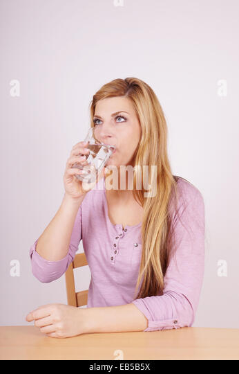 Headache After Drinking Water Pregnant