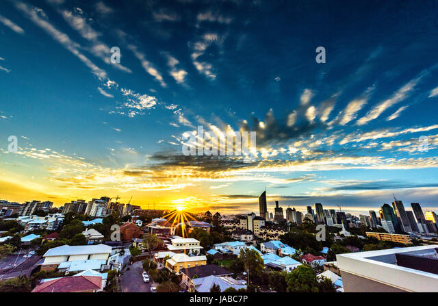Brisbane City skyline at sunset - Stock Image